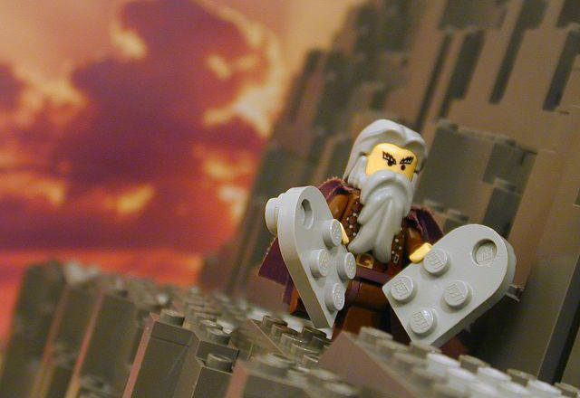 lego_commandments
