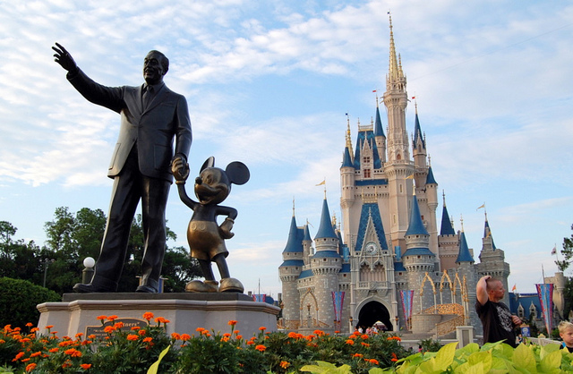 4 Lessons From Walt Disney To Improve Customer Experience